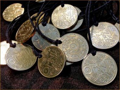 Shiney! OOooooh! The OMNIA Pagan Amulet is here!